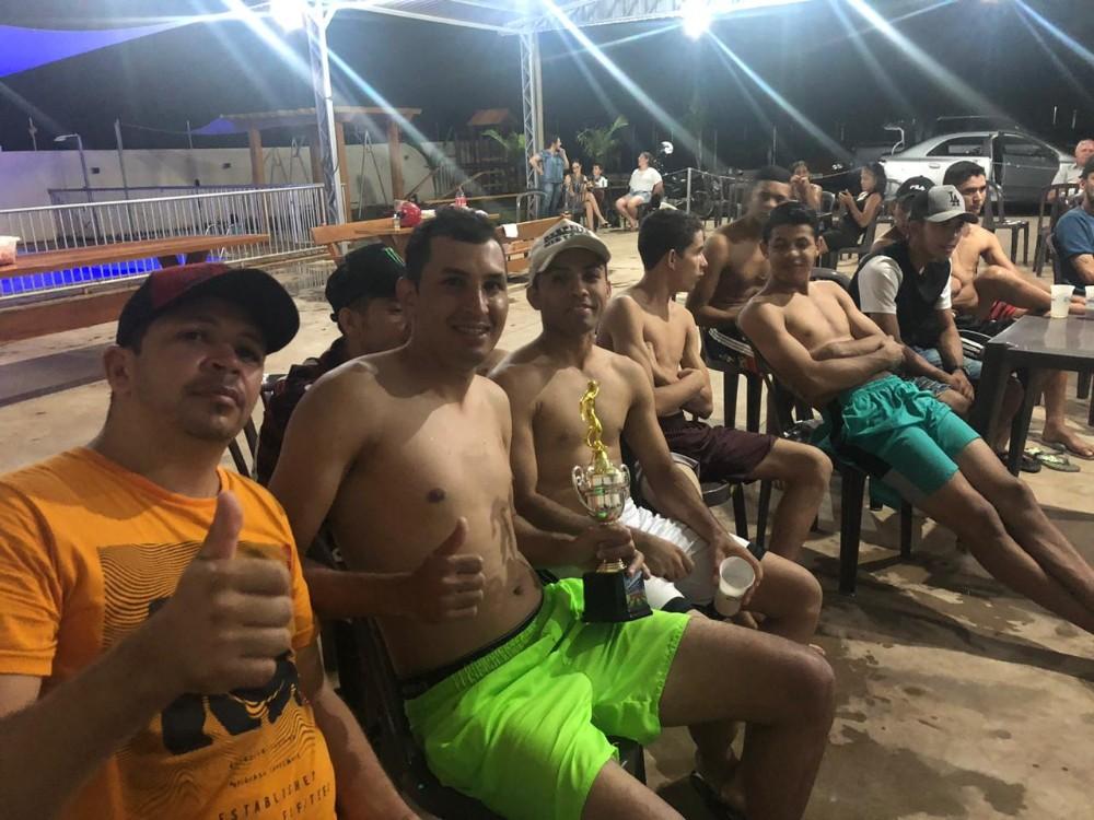 Equipe de futebol veteranos de Francisco Alves realiza confraternização de final de ano