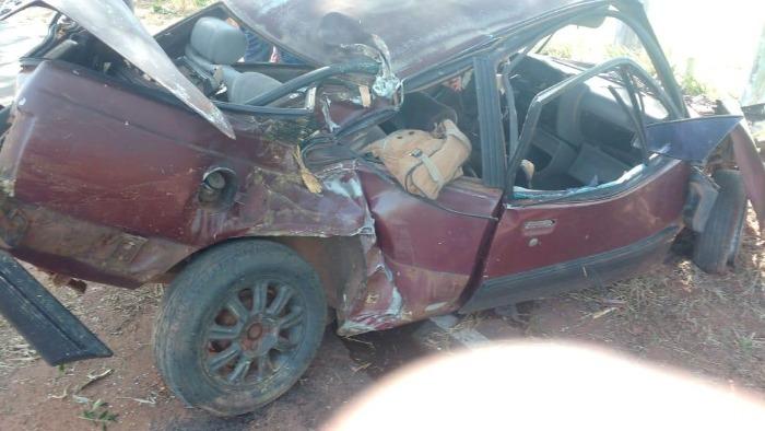 Homem morre após perder o controle do carro na rodovia entre Pérola e Cafezal
