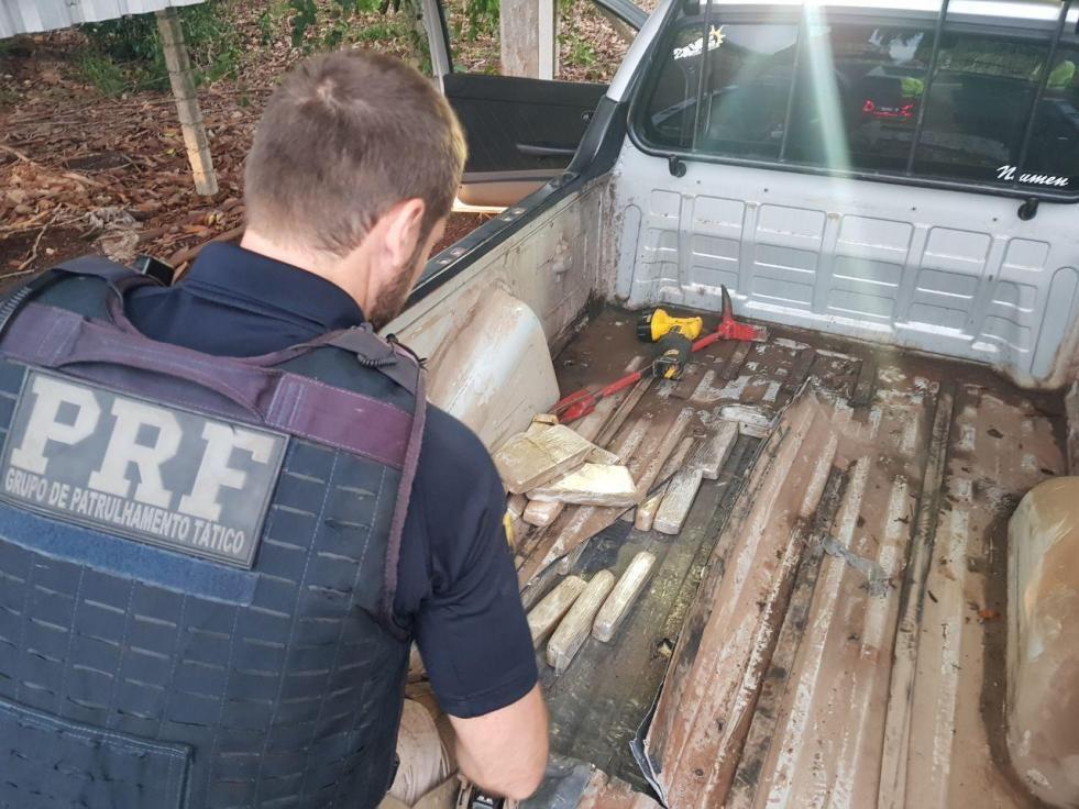 PRF detém peruano com 75 quilos de maconha em Santa Terezinha de Itaipu (PR)