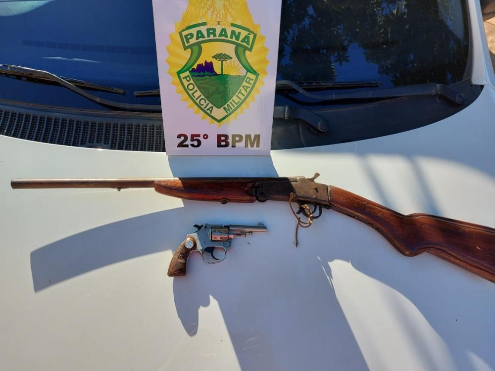 Francisco Alves,morador da cidade é preso por porte ilegal de armas de fogo e contrabando de cigarros.