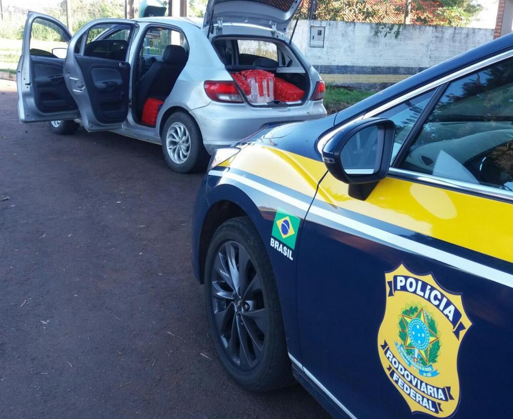 PRF prende indivíduo, em Marechal Cândido Rondon, que transportava maconha e skank