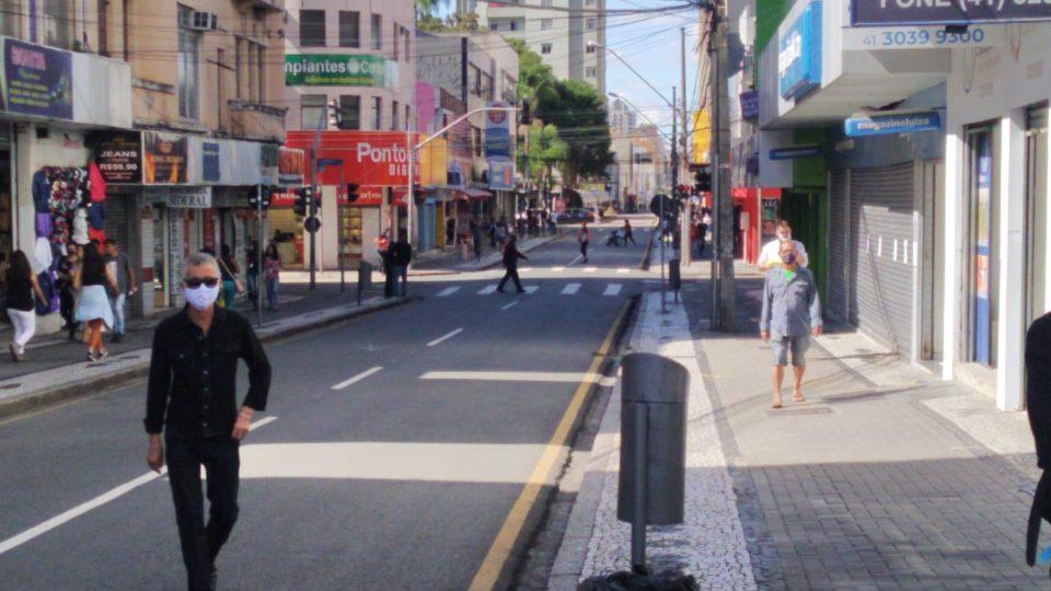 MPPR defende 'lockdown parcial' do Governo do Paraná e alerta municípios 'rebeldes'