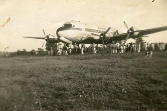 A aeronave norte-americana em missão humanitária da ONU transportava 74 passageiros mongóis e oito tripulantes estadunidenses.(Foto Ivam Botelho)