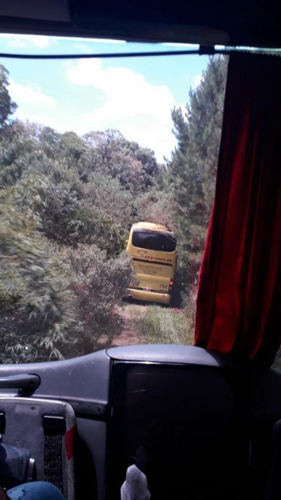 Assalto a ônibus de sacoleiros na BR-153 em Campina da Alegria rende aos bandidos cerca de R$ 200 mil